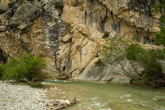 les-plus-beaux-endroits-de-la-drôme-provençale-gorges