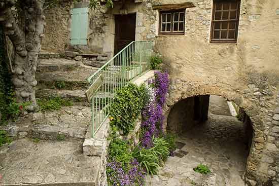 les-plus-beaux-villages-de-la-drome-provencale