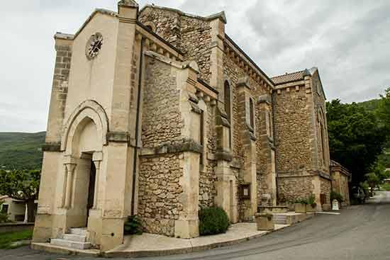 plus-beau-village-drome-provencale