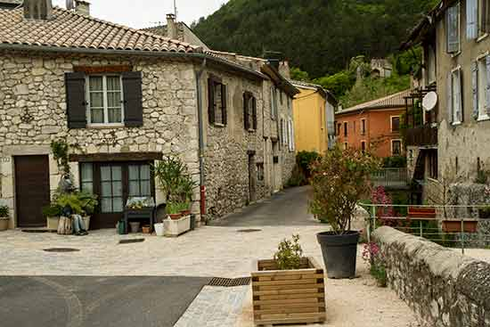 plus-beaux-villages-drome-provencale